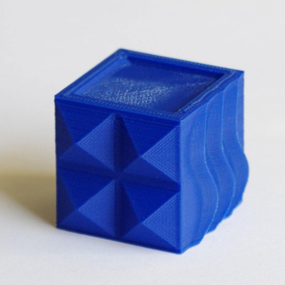 Impression 3D - Cube PLA bleu