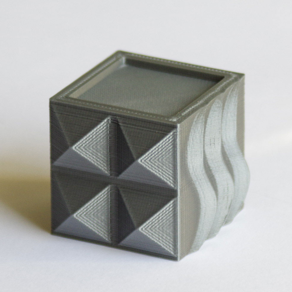 Impression 3D - Cube PLA gris