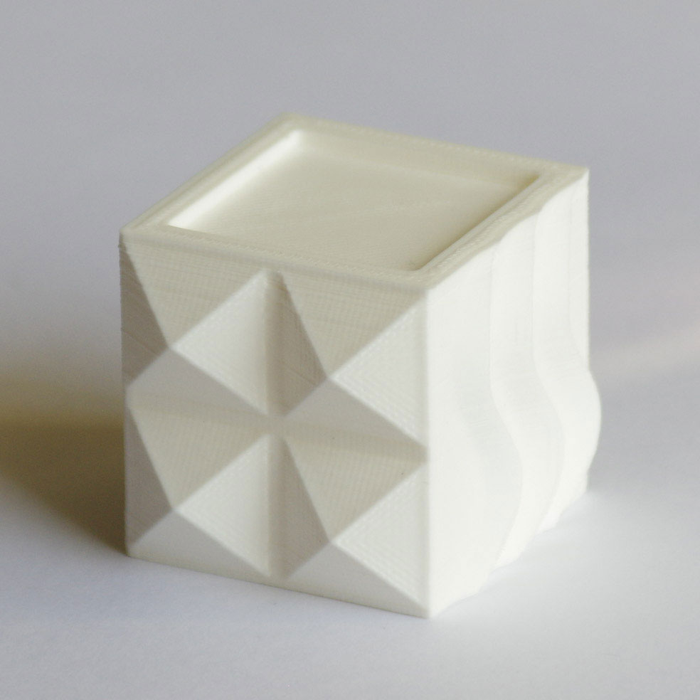 Impression 3D - Cube PLA blanc