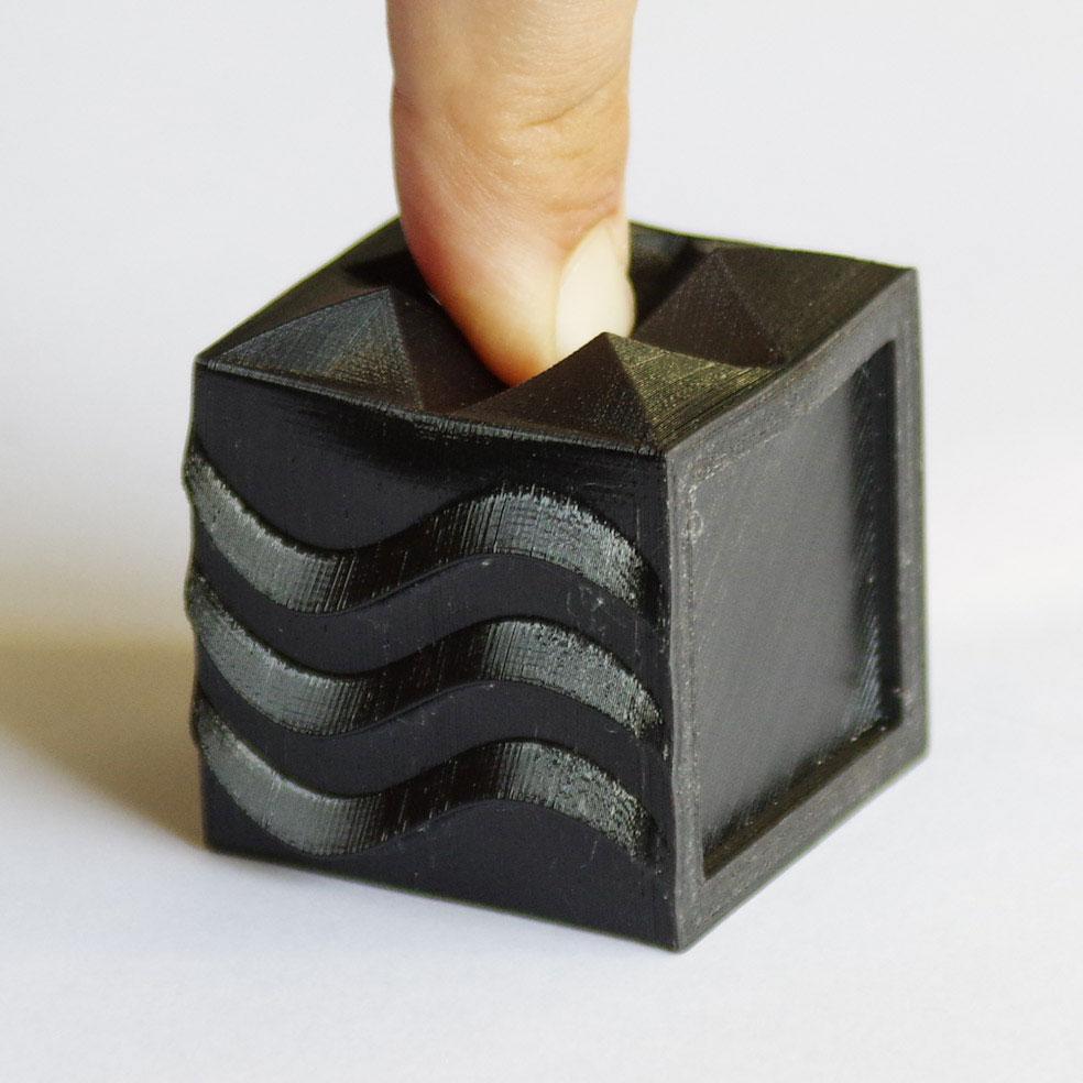 Impression 3D - Cube semiflex noir